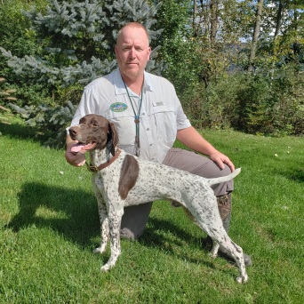 Curtis McKnight (Owner/Handler) and Northern Exposure Sir Winston (Winston) (GSP) UT Prize 1 201 At the Mid-Ohio Chapter on Saturday October 6th, 2018